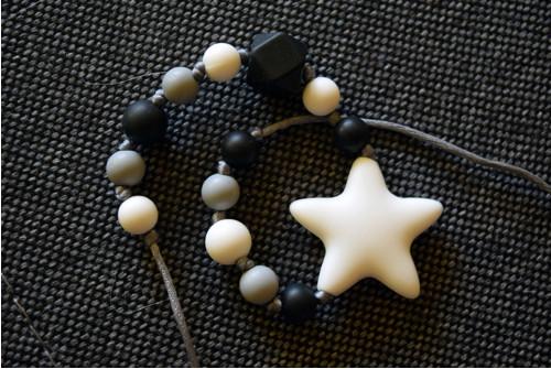 silikonové korálky - černobílý náhrdelník