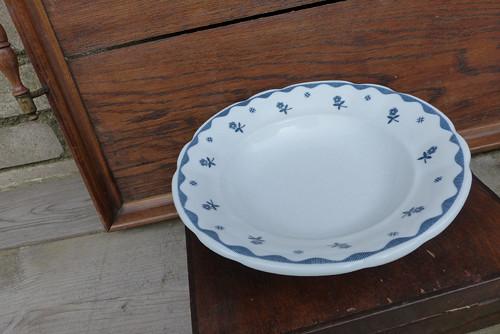 V modré...starý selský silnostěnný talíř Thun