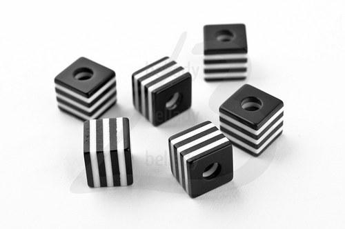 AKO2325, Akryl KORÁLKY Black & White /10ks