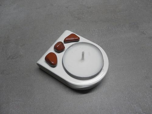 Kovový svícen s kamínky Jaspisu