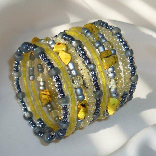 Žlutý kamínek