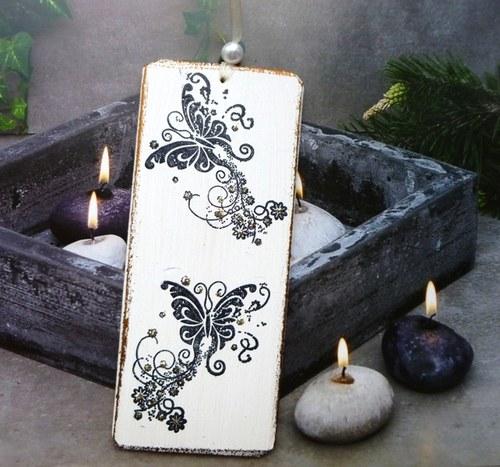 dřevěná záložka - tajemní motýlci...