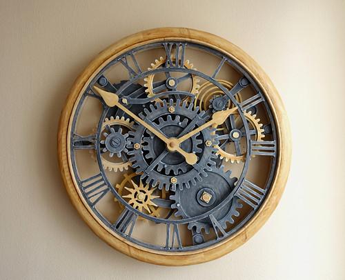 Vyřezávané hodiny - Starobylky