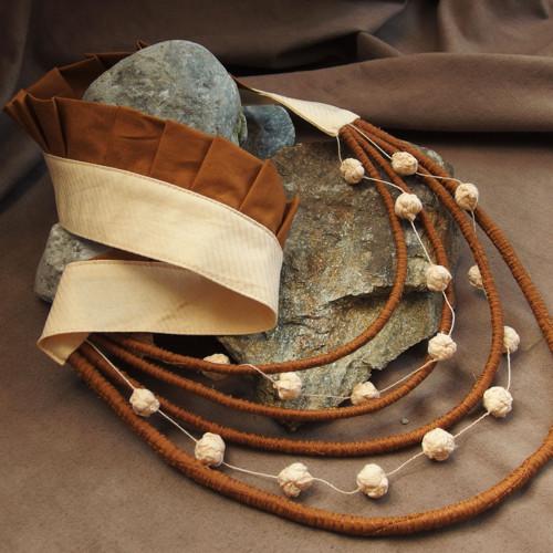 Medová - náhrdelník