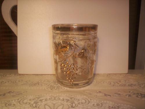 Krásná stará retro grogovka zlatě zdobená