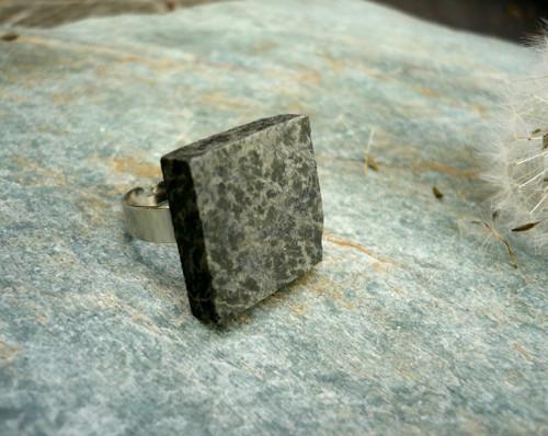 Kamenný šperk... Cubical Ring I.