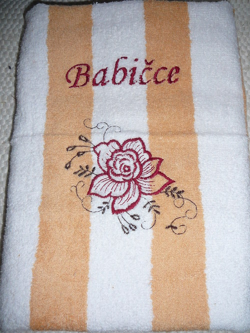 Vyšívaný dárkový ručník - Babičce