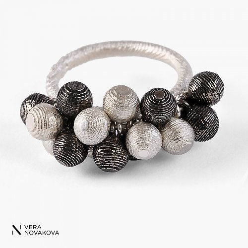 Prsten kuličky malé special - stříbro
