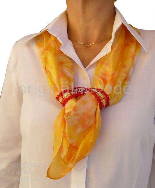 paličkovaný šperk na hedvábném šátku 5