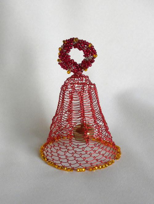 Zvoneček s rolničkou, červený
