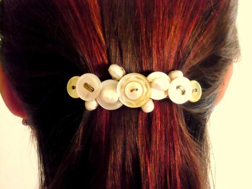 Perleťová vlasová spona