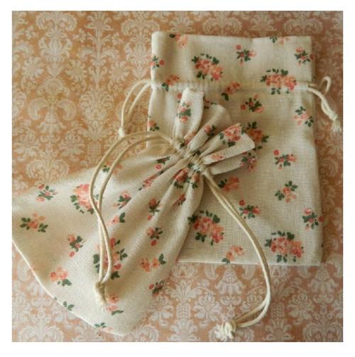 Bavlněný sáček s květy