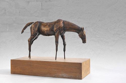 Kůň - bronzová socha - poslední kus!
