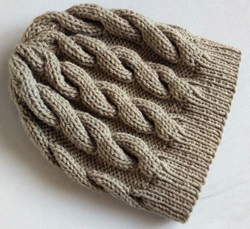 Písková pletená čepice