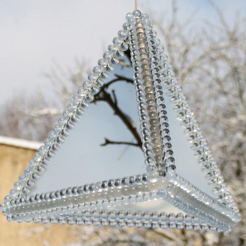 Zrcadlový tetraedr