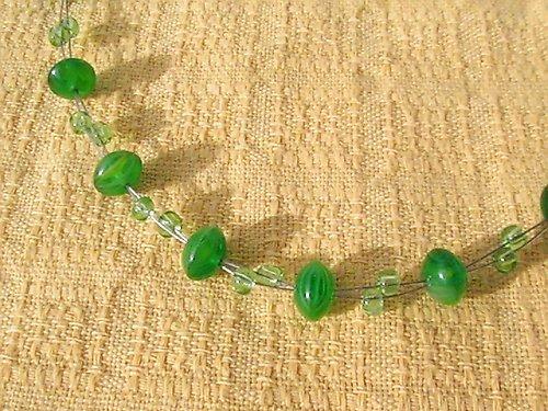 Náhrdelník ze zelených korálků