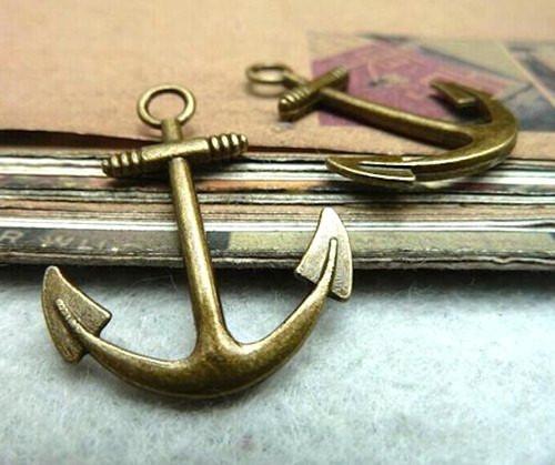 Bronzový přívěsek - velká kotva, 2 kusy