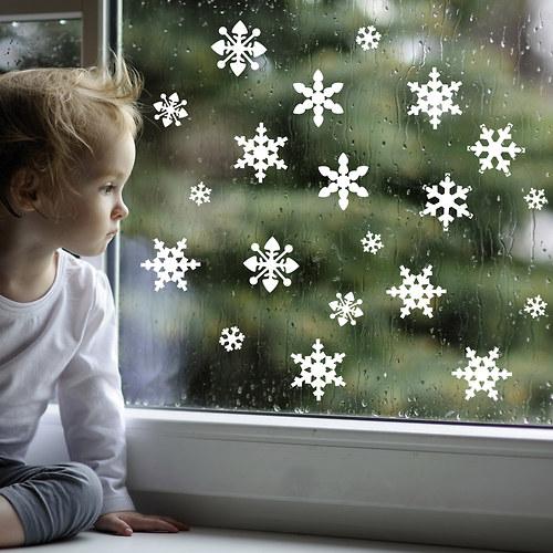 Vločky bílé permanent - samolepky na okno i stěnu