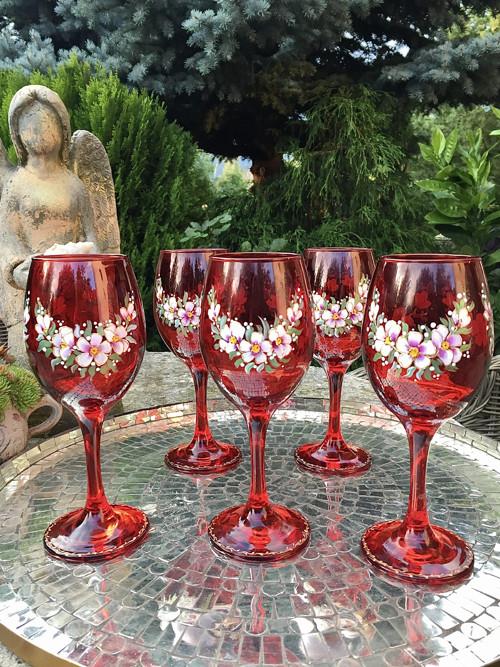sklenice pro Alžbětu Čachtickou paní
