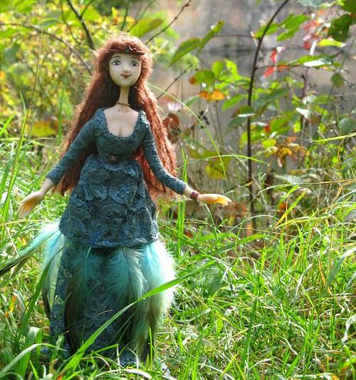 autorská panenka elfka Frivone