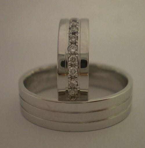 Snubní prsteny z bílého zlata s Diamanty