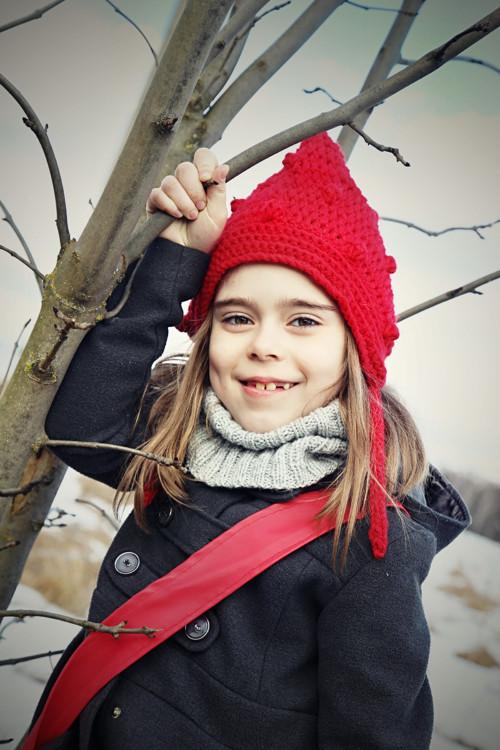 Dětská červená skřítkovská čepice