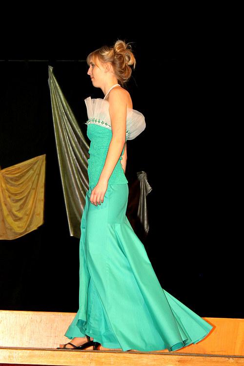 Dlouhá-dlouhá sukně