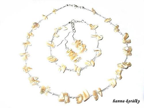 Souprava hnědá perleť- náhrdelník,náramek,naušnice