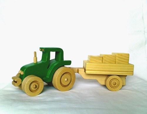 "Traktor \""GABI Z\"" s vlečkou I."