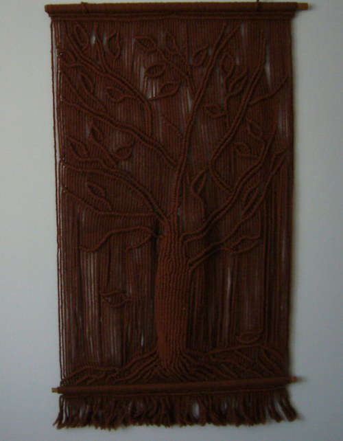 Drhaný závěs - strom