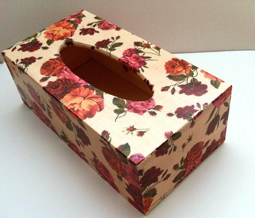 krabička na kapesníky rudé růže