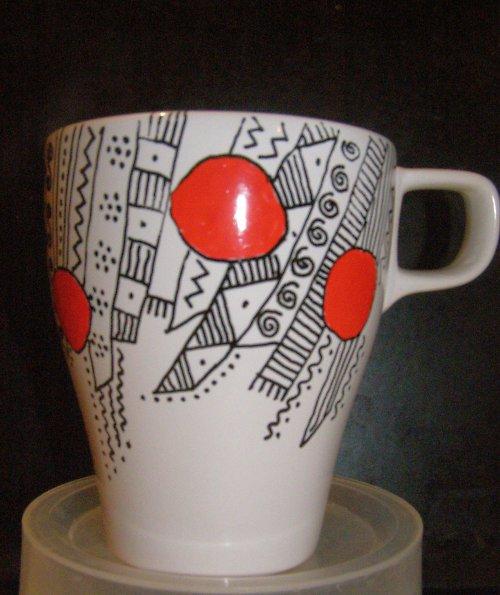 Lehce futuristická káva