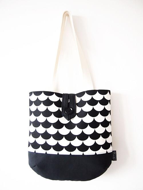 Veľká taška na plece - minimal čiernobiela