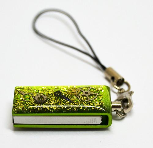 Přívěsek na klíče USB - 16GB