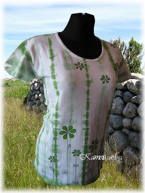 Dámské tričko-batika se zelenými květy