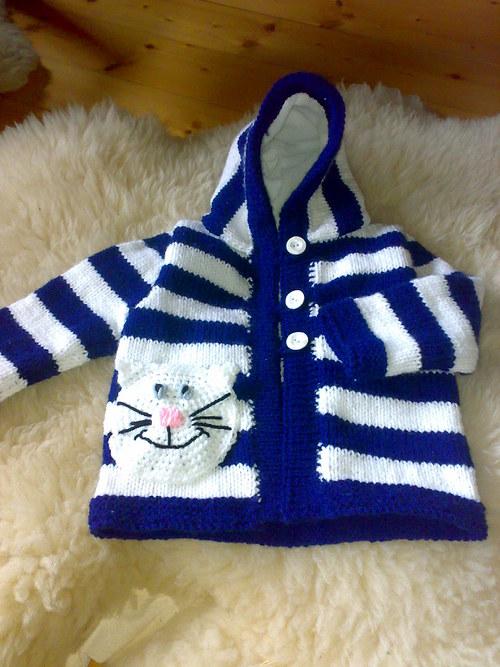 Dětský pruhovaný svetřík s kapuckou