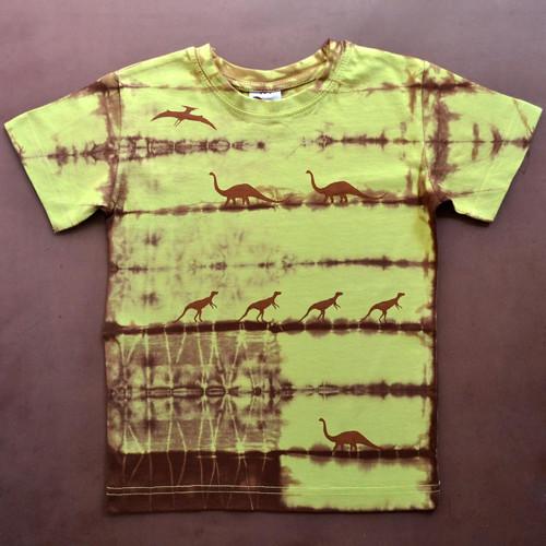 Zeleno-hnědé dětské tričko s dinosaury (6 let)