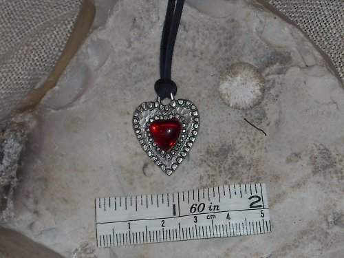 Přívěsek-Srdce s kamenem