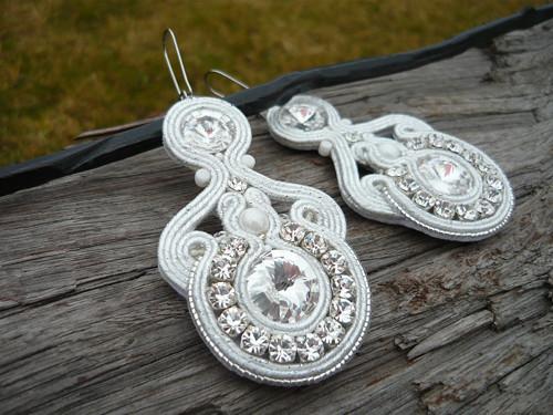 Soutache náušnice Svatební Crystal White