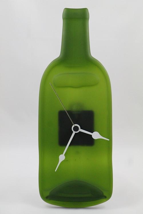 Skleněné pískované hodiny z lahve - zelené
