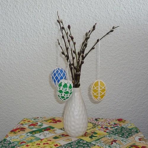 Velikonoční vajíčka se středovým ubrusem