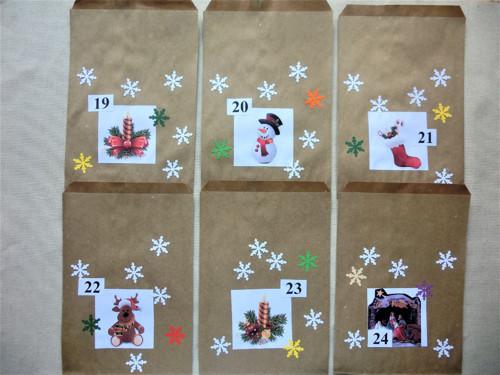 Zasněžený adventní kalendář - papírový