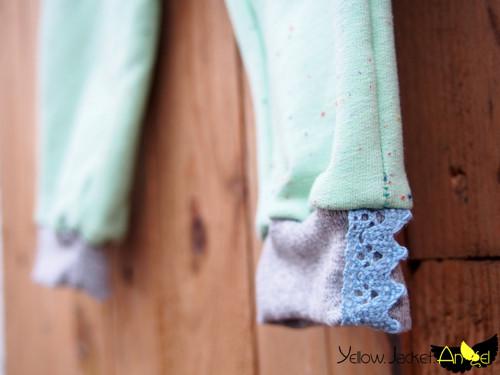mini me...tepláčky s krajkou (zelené)