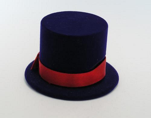 Sametová krabička na šperky - klobouk