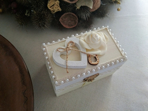 Dřevěná krabička na prstýnky...svatební