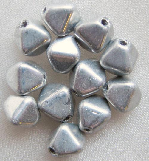 pyramidky (sluníčka) stříbrné