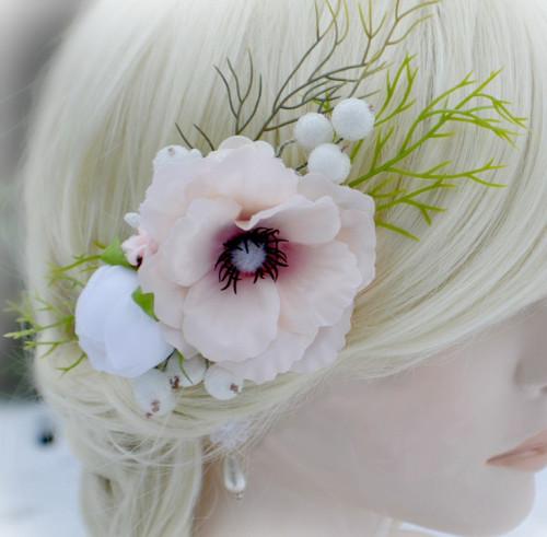Květinová spona do vlasů La Winterie