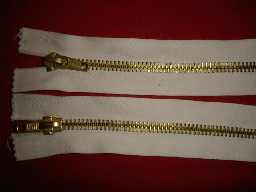 oboustranný zip dělitelný 60cm cena za 1ks