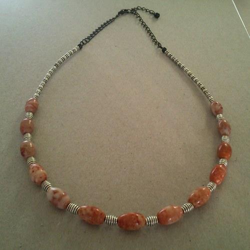 Červenostarostříbrný náhrdelník