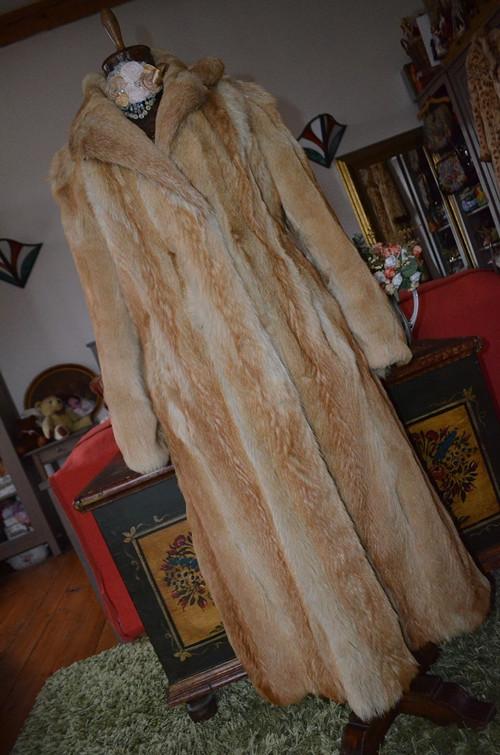 !!! UNIKÁT... dlouhý pravý kožich... !!! SLEVA